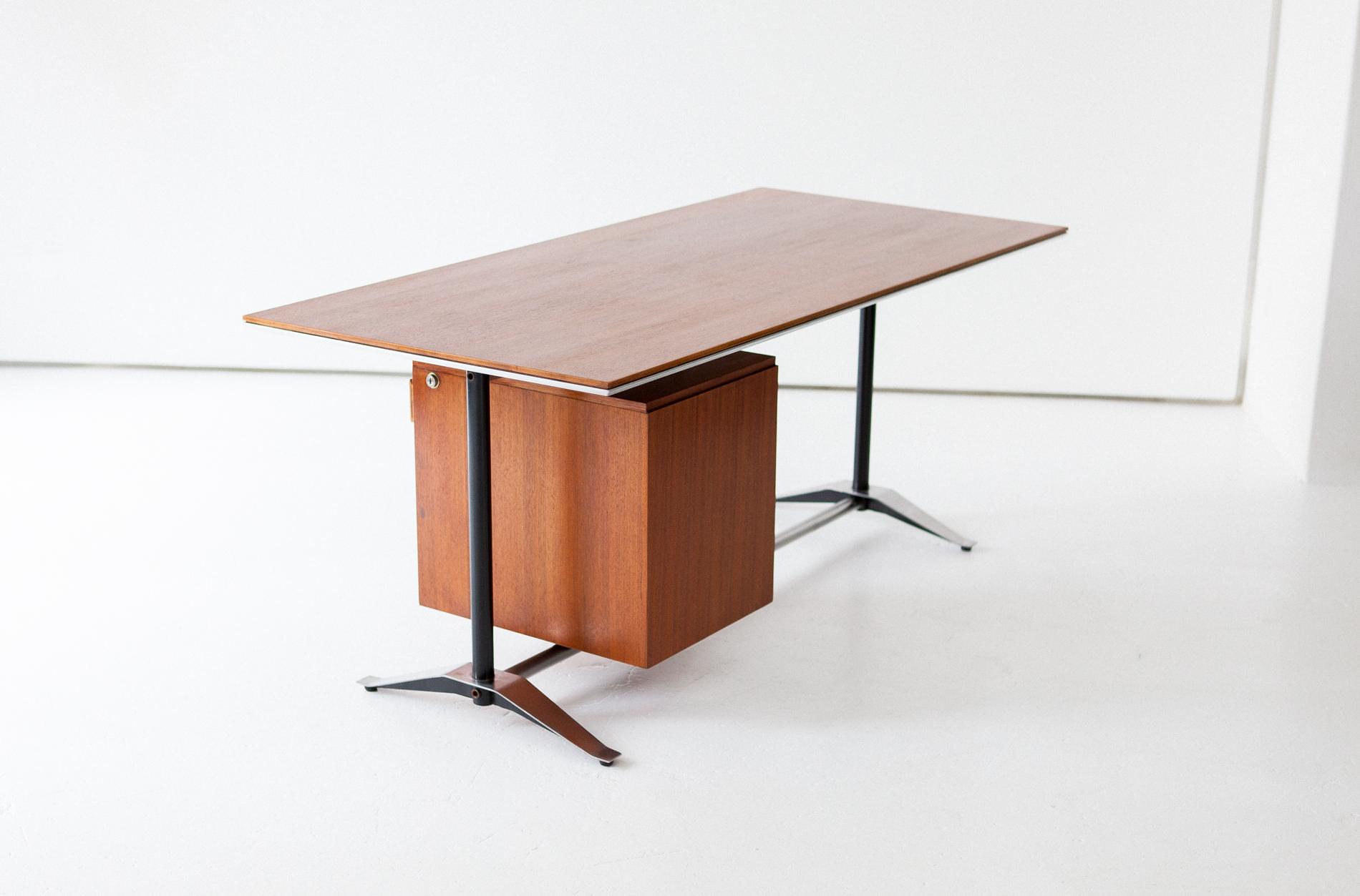desk-20.16