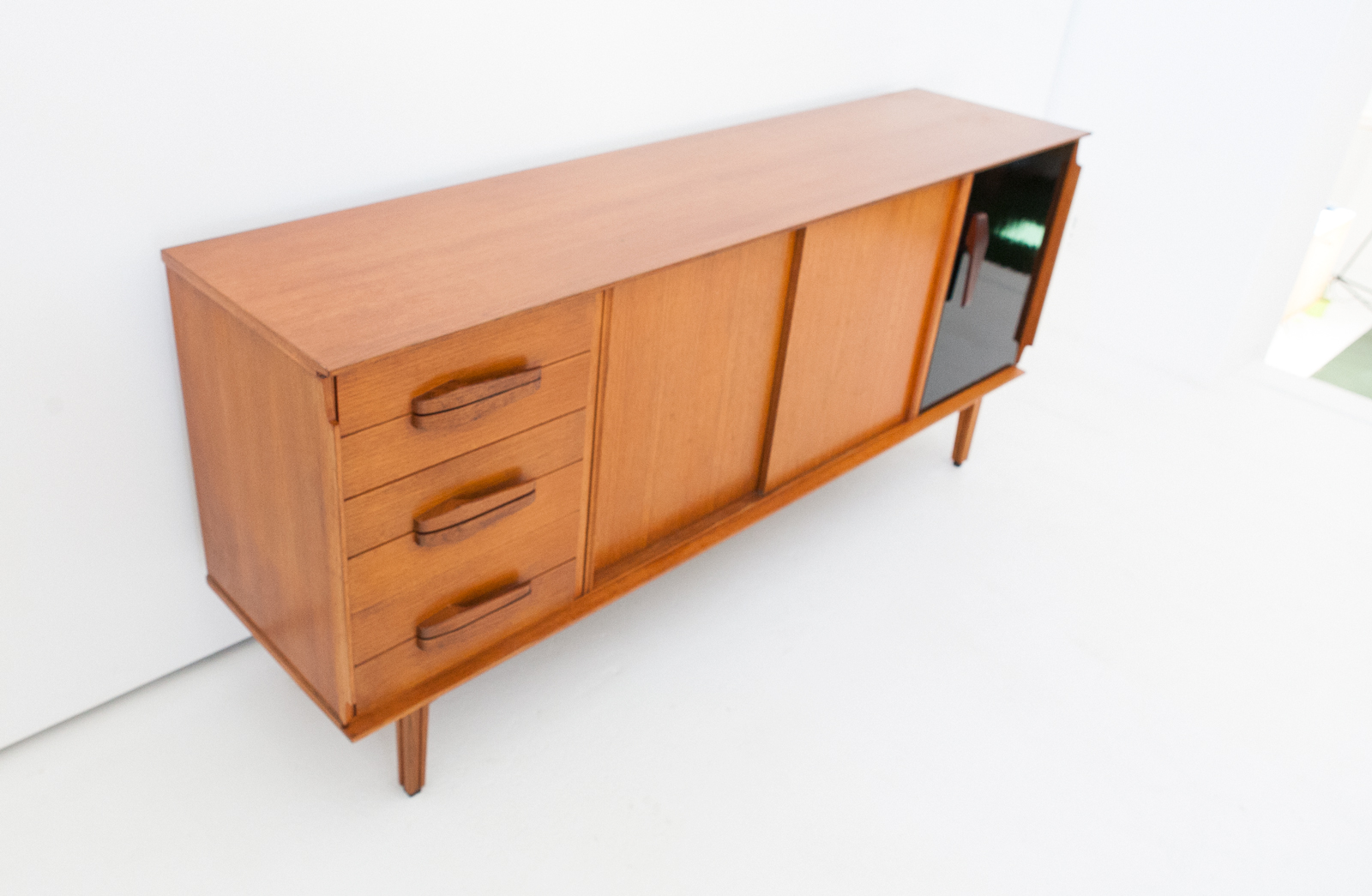 Sideboard 85 1 retro4m for Sideboard tess 05