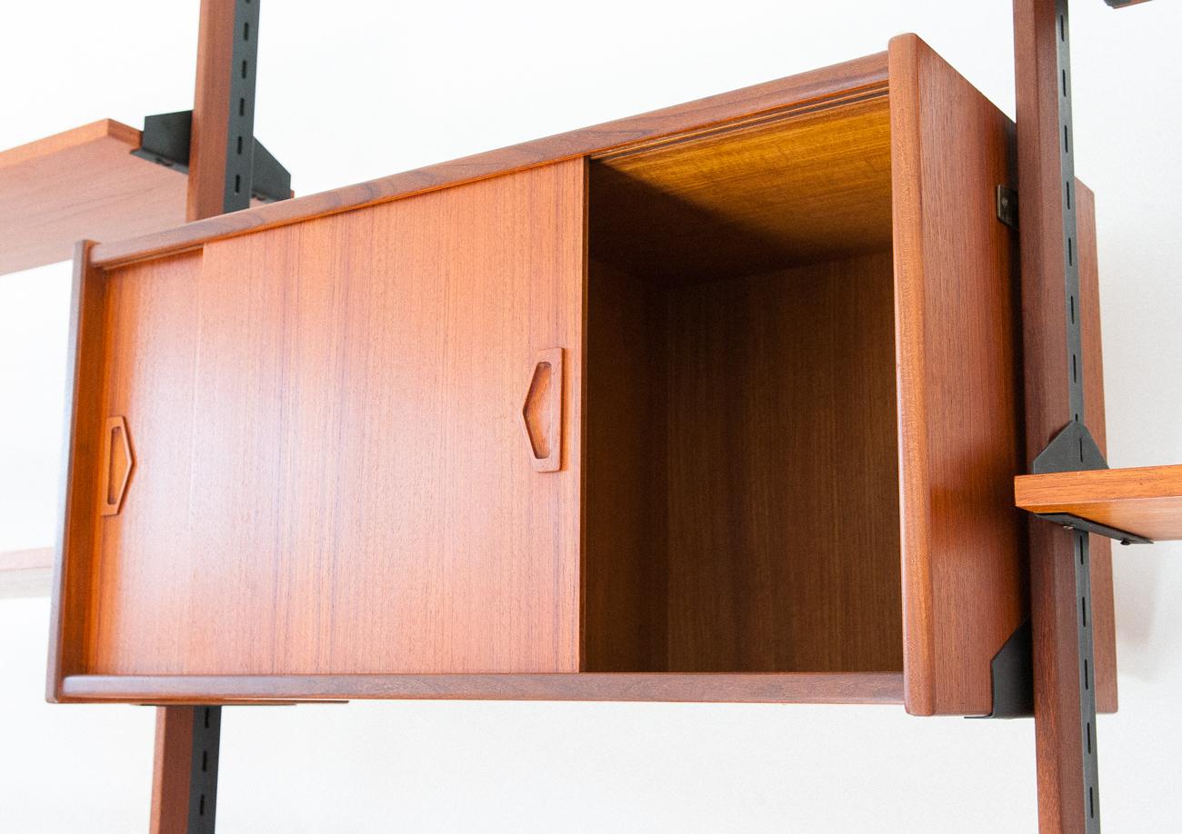 bookshelf-31.11