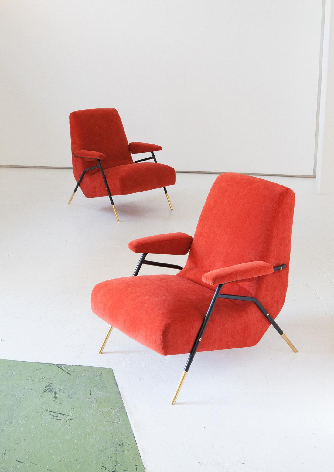 seating-244.3