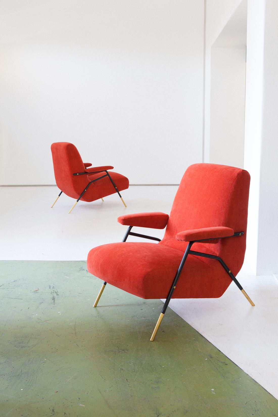 seating-244.5