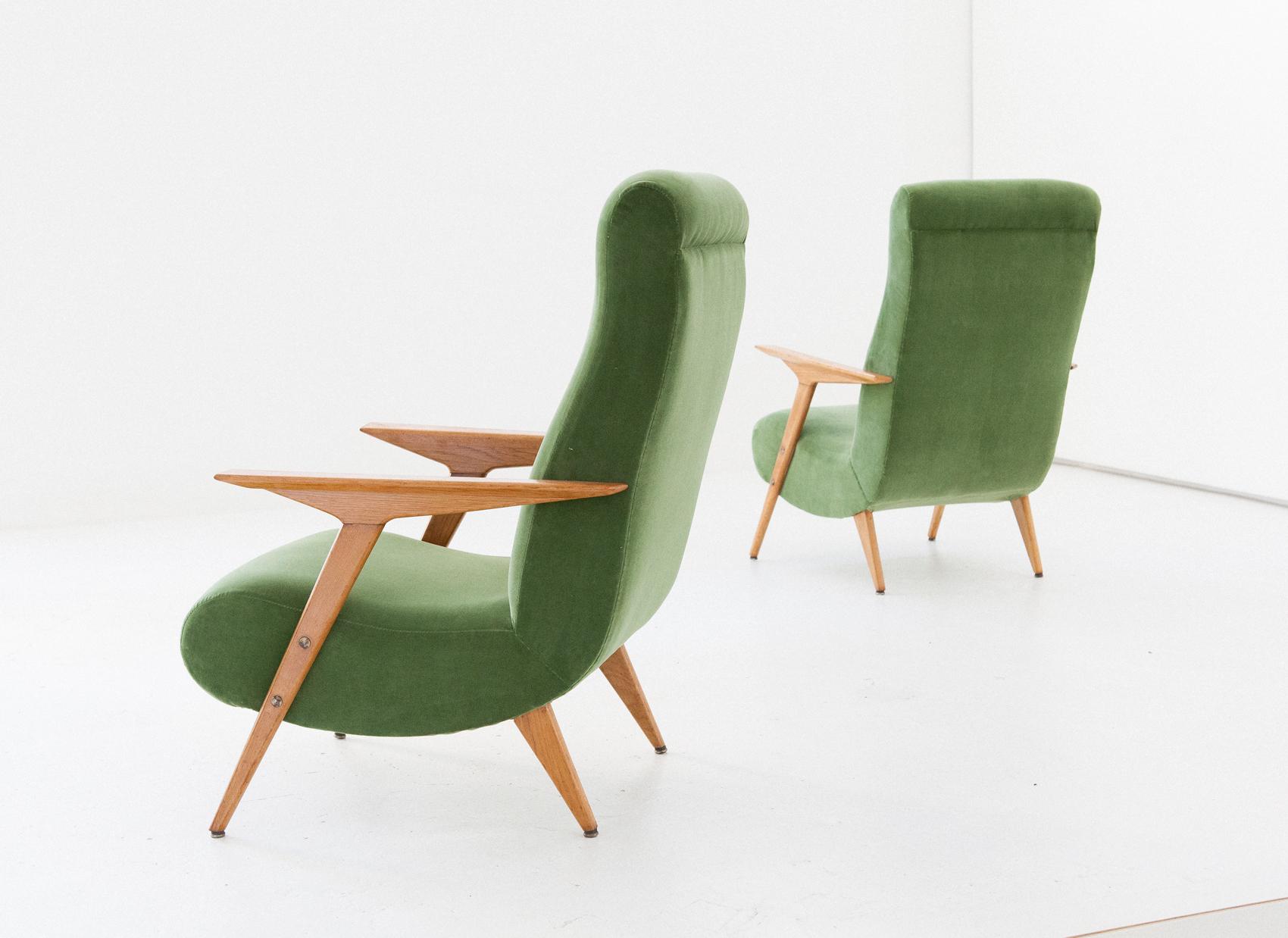 seating-247.3