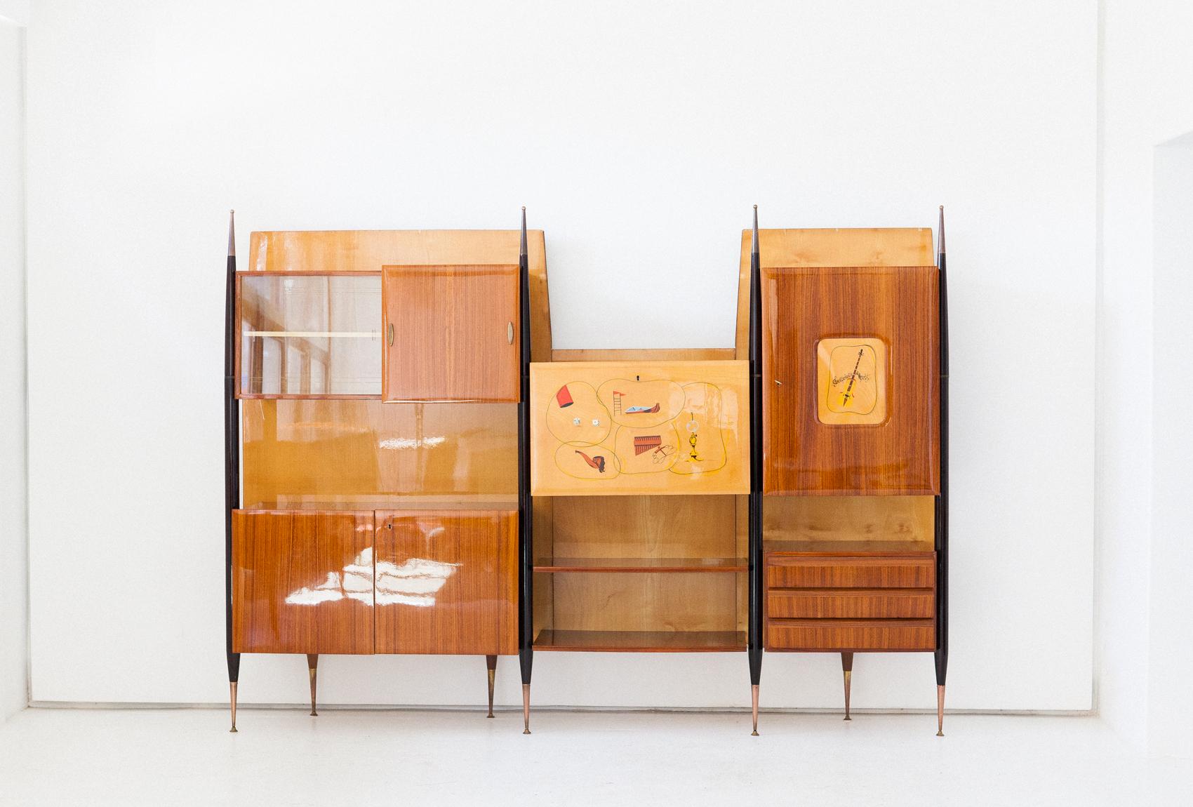bookshelf-32.3