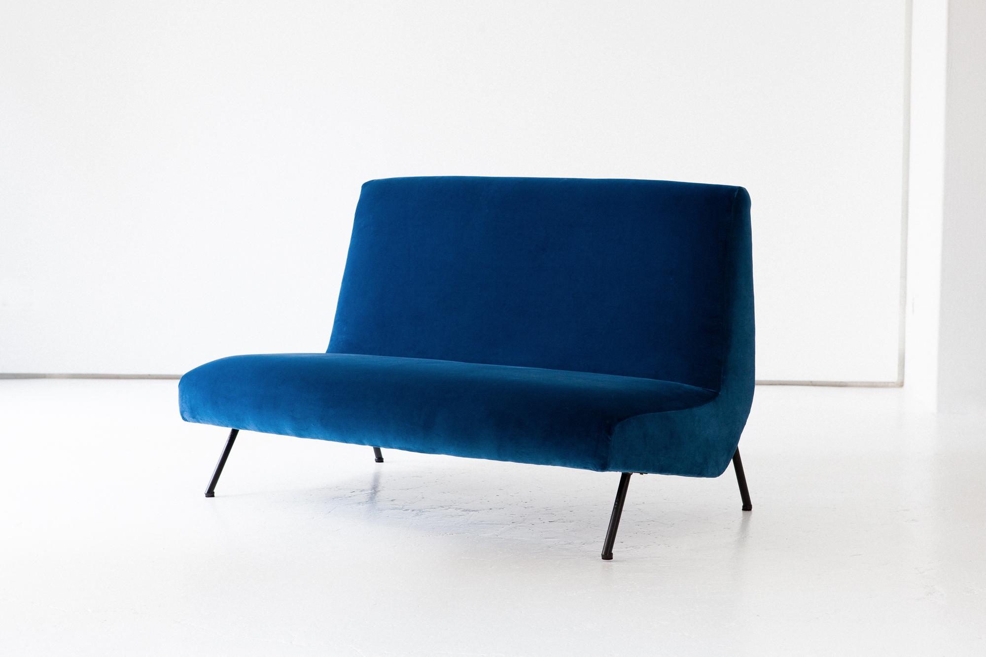 seating-270.4