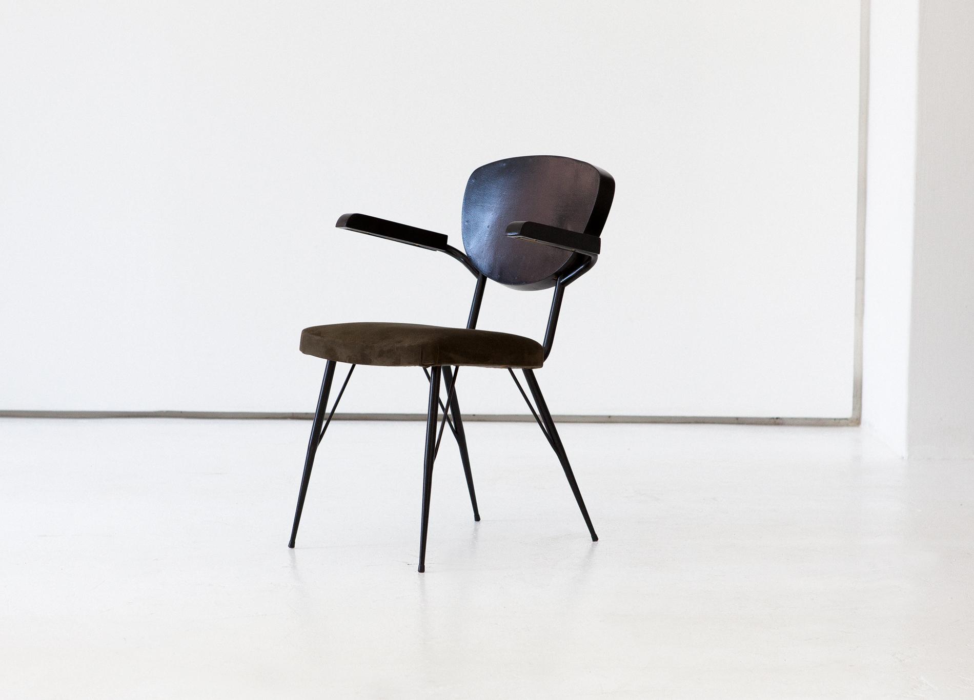 seating-271.7