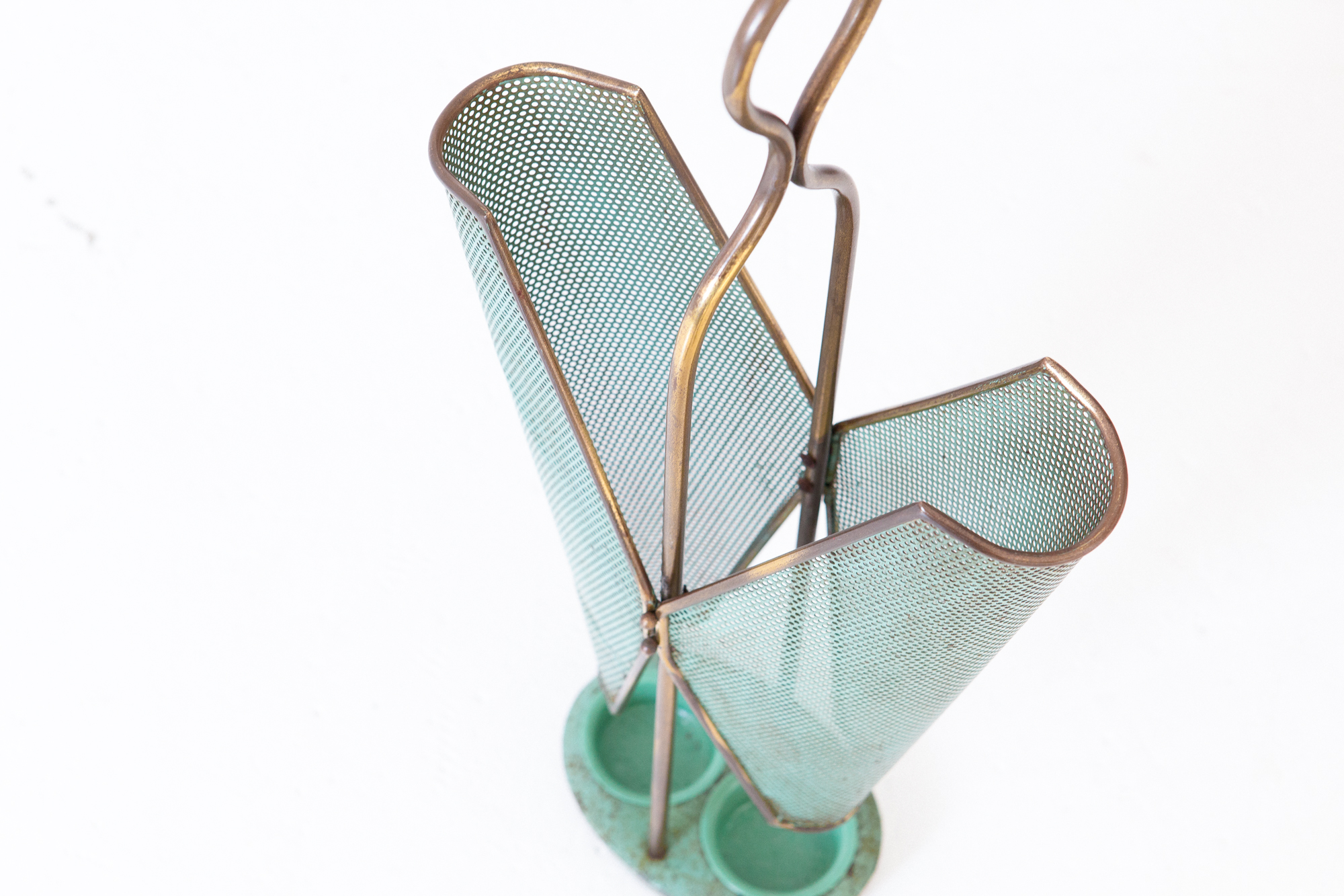 italian-ligh-green-brass-mid-century-umbrella-holder-5