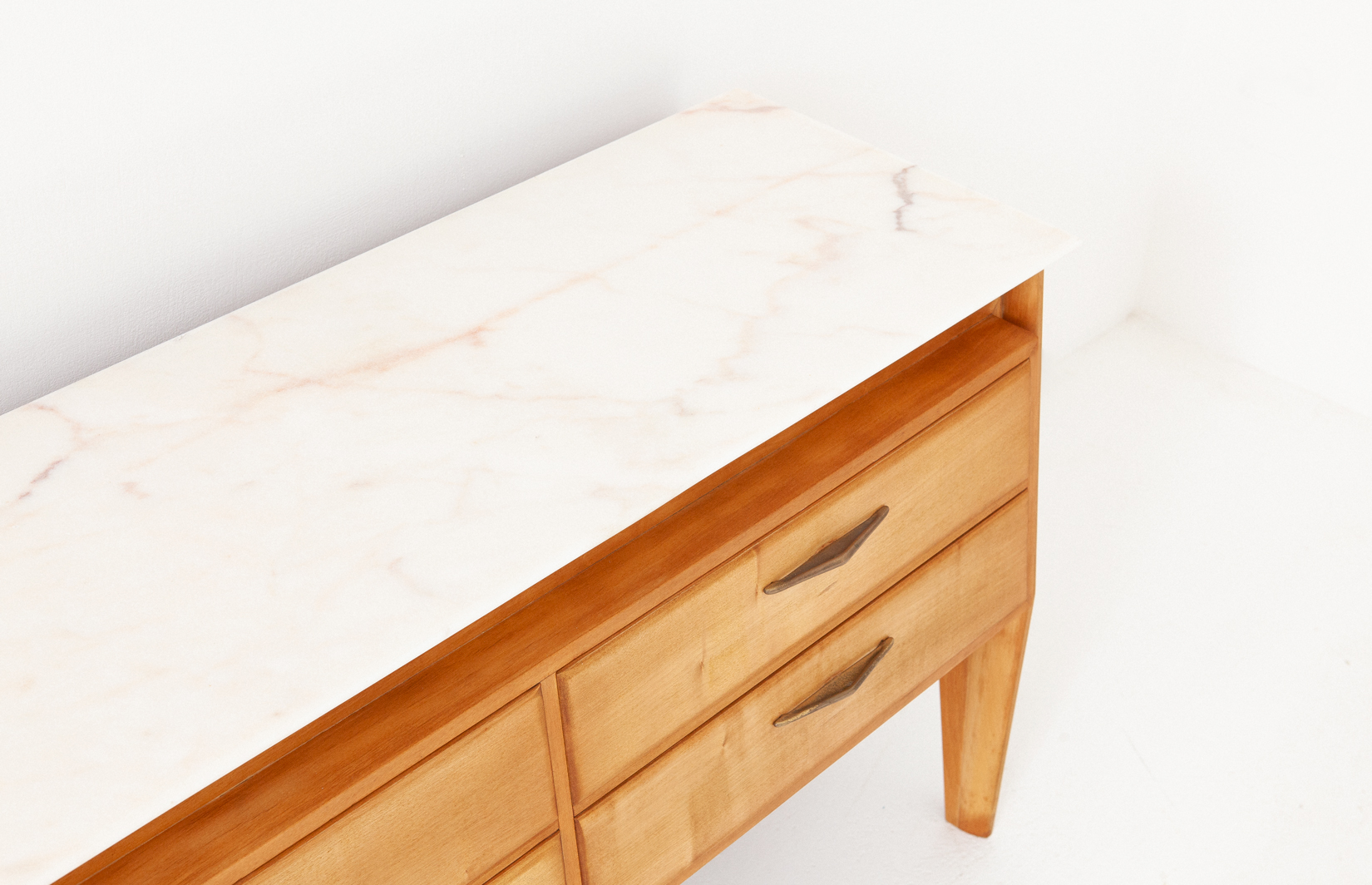Italian-maple-wood-marble-chest-of-drawers.1.7