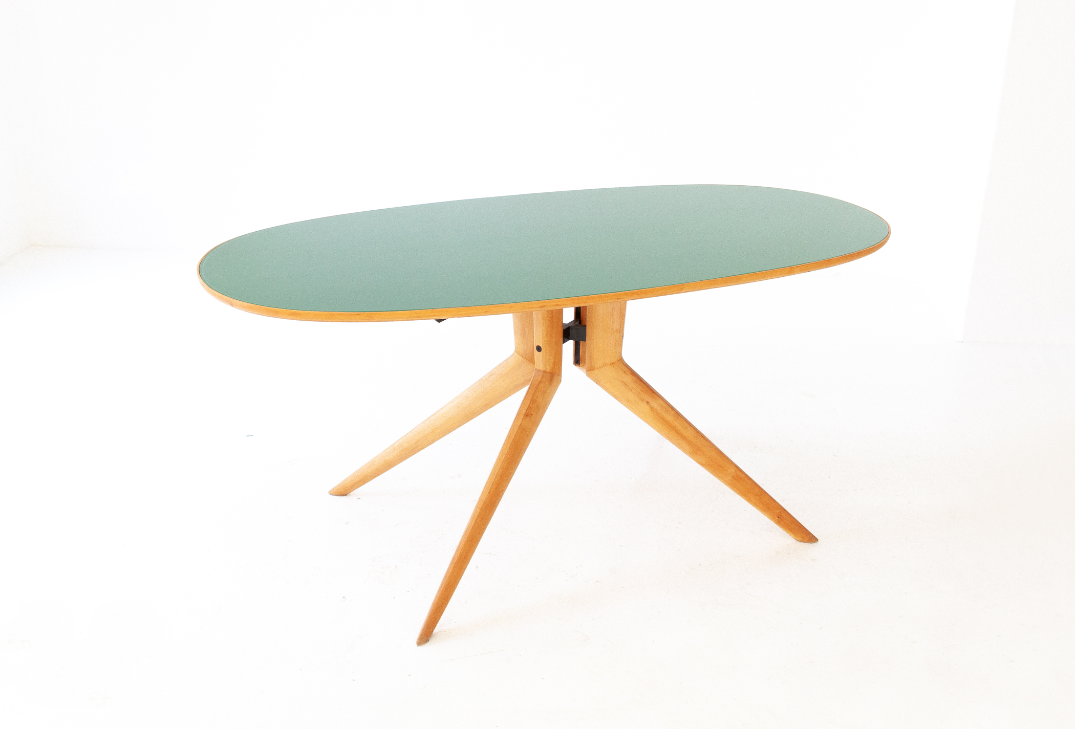 Elliptical-beec-light-gree-dining-table-8