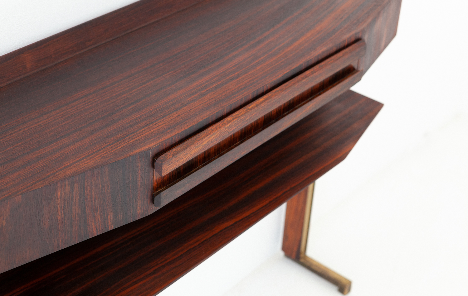 OF85-retro4m-1950s-italian-rosewood-brass-console-table-5