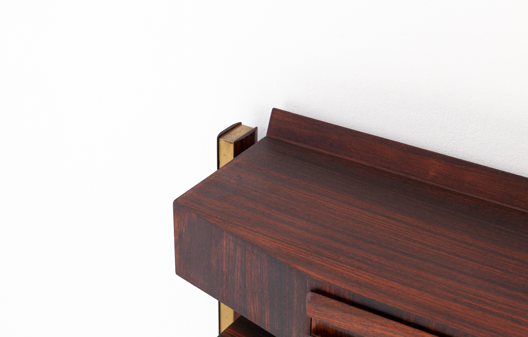 OF85-retro4m-1950s-italian-rosewood-brass-console-table-9