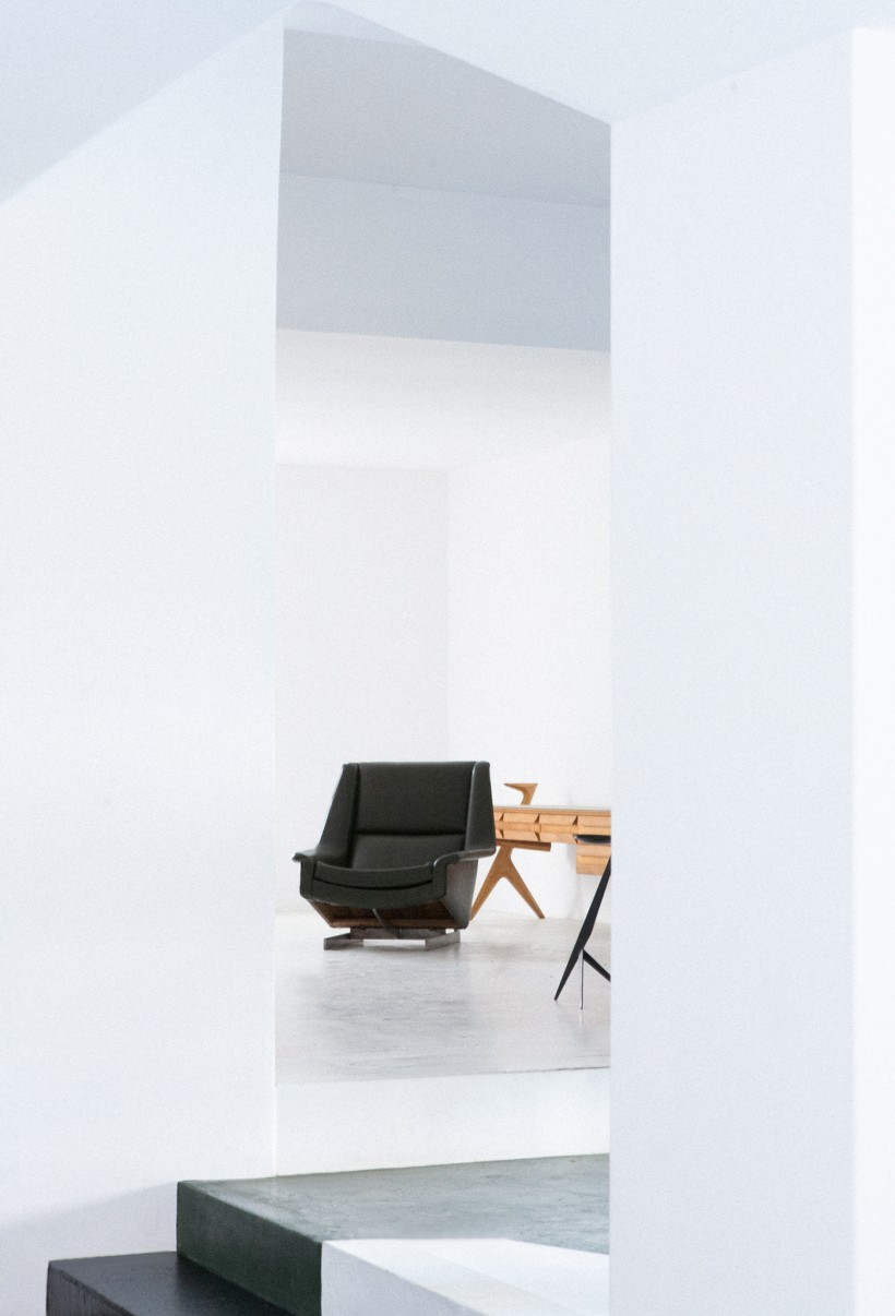 1960s lounge chair by pizzetti