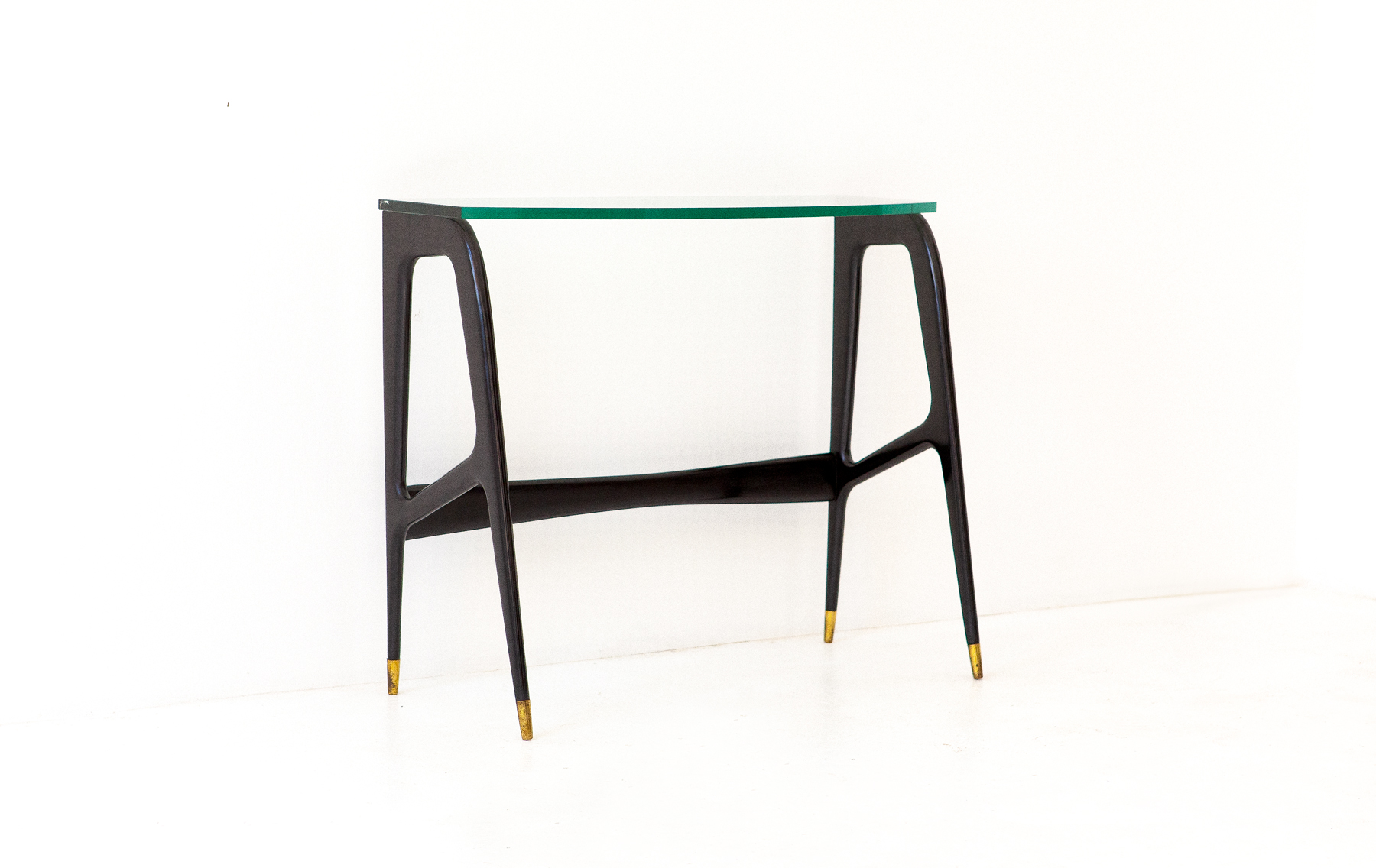 Italian-Black-lacquered-wood-brass-glass-console-table-3-OF87