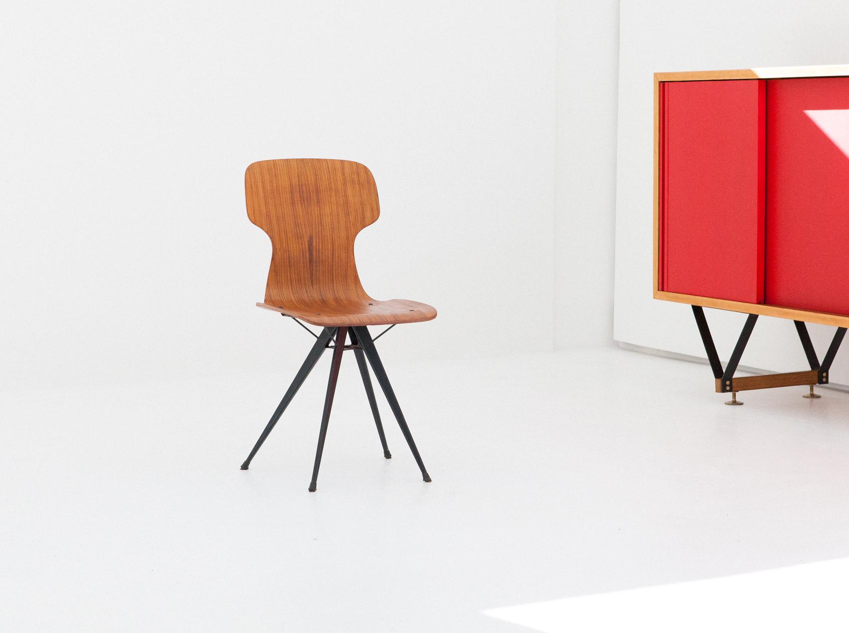 italian-curved-teak-conical-iron-legs-chair-SE281