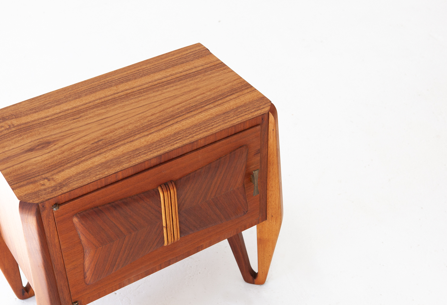 1950s-italian-teak-nightstands-8-bt79