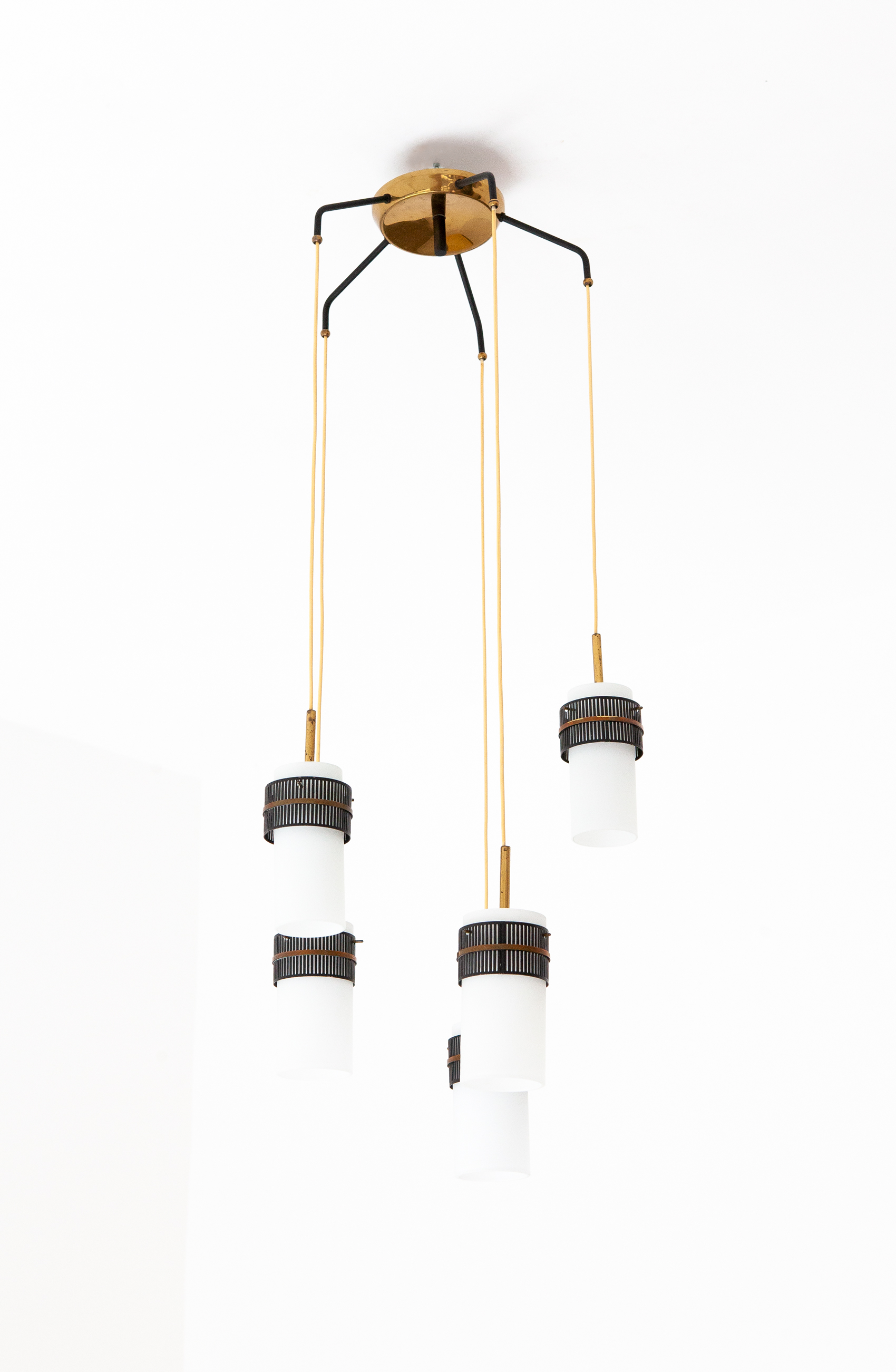 Italian-opaline-glass-brass-five-arm-chandelier-2-l80