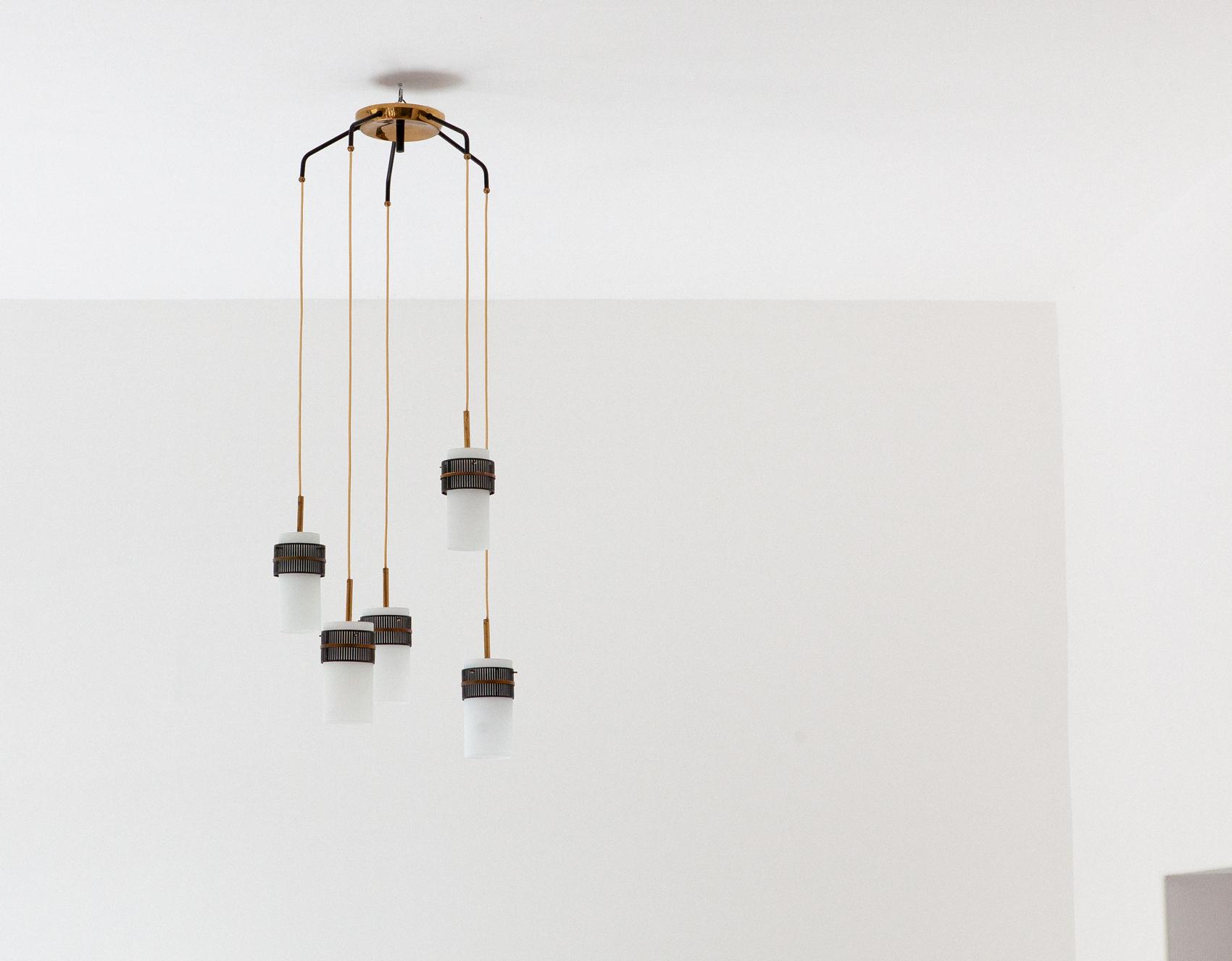 Italian-opaline-glass-brass-five-arm-chandelier-5--l80
