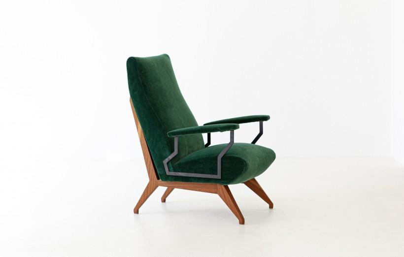 1950s Green Velvet and Mahogany Italian Armchair SE290