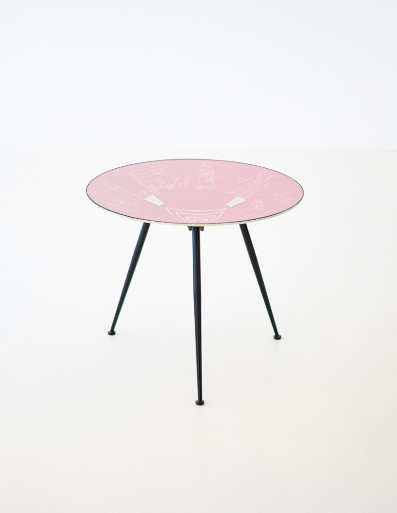 1950s Italian modern round coffee Table  T82