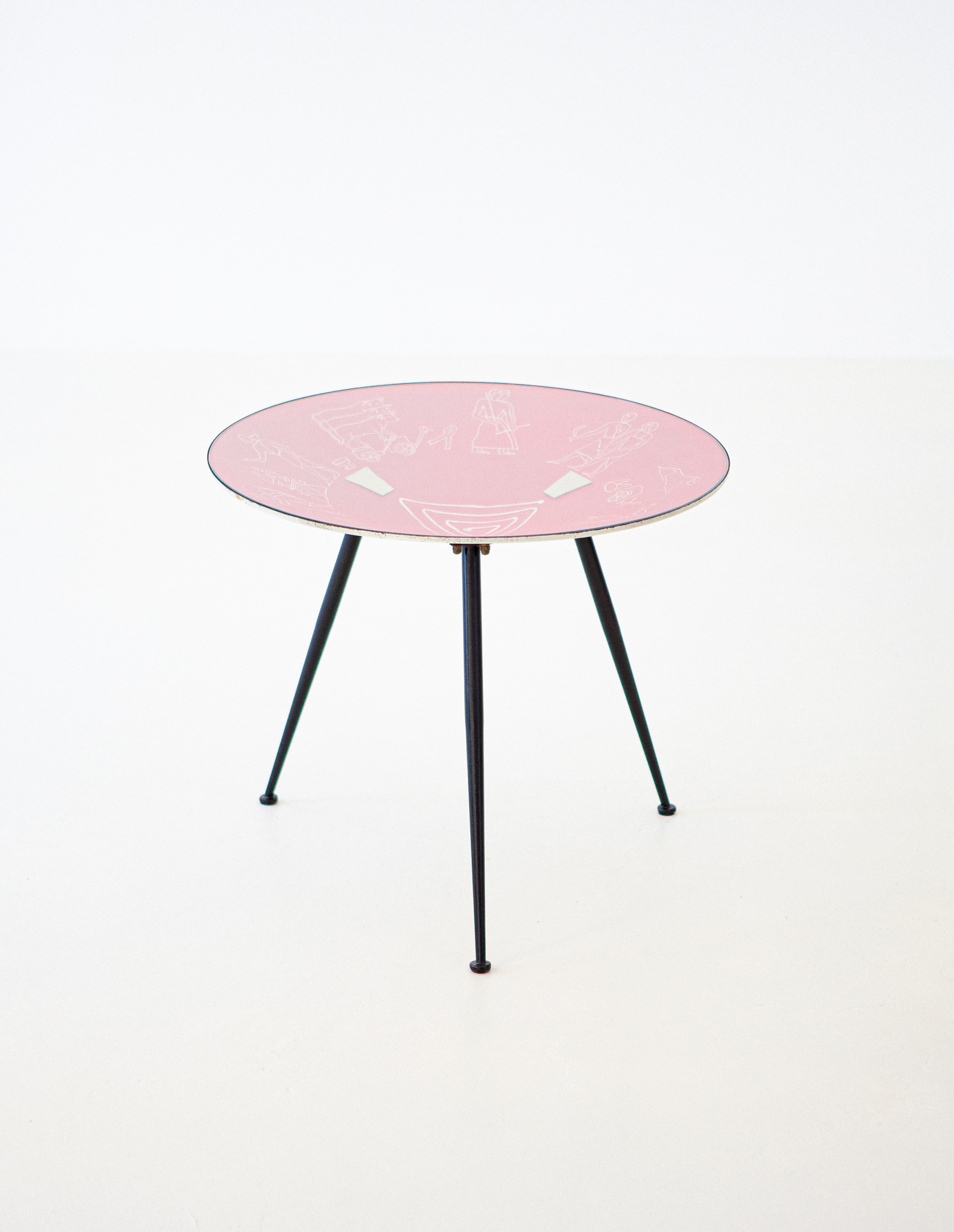 1950s-italian-modern-round-red-coffee-table-2-t82