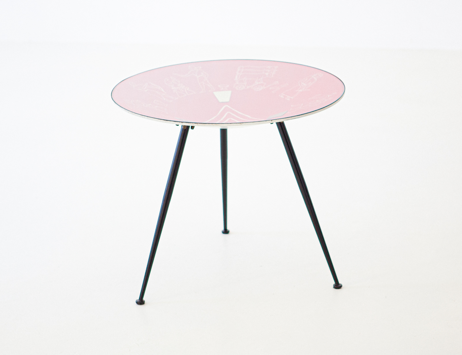 1950s-italian-modern-round-red-coffee-table-4-t82