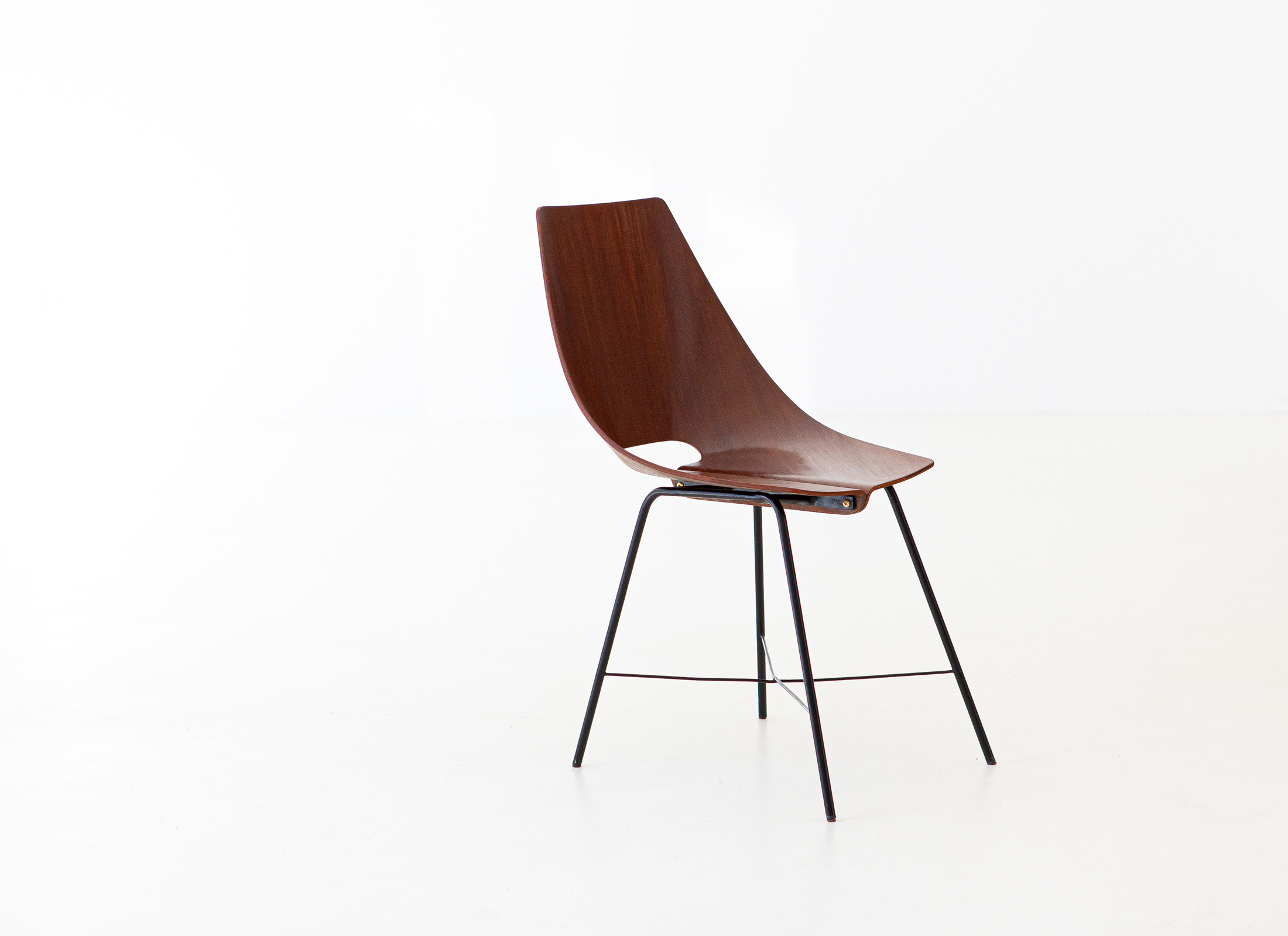1950s-modern-curved-rosewood-chair-by-societa-compensati-curvati-1-se289