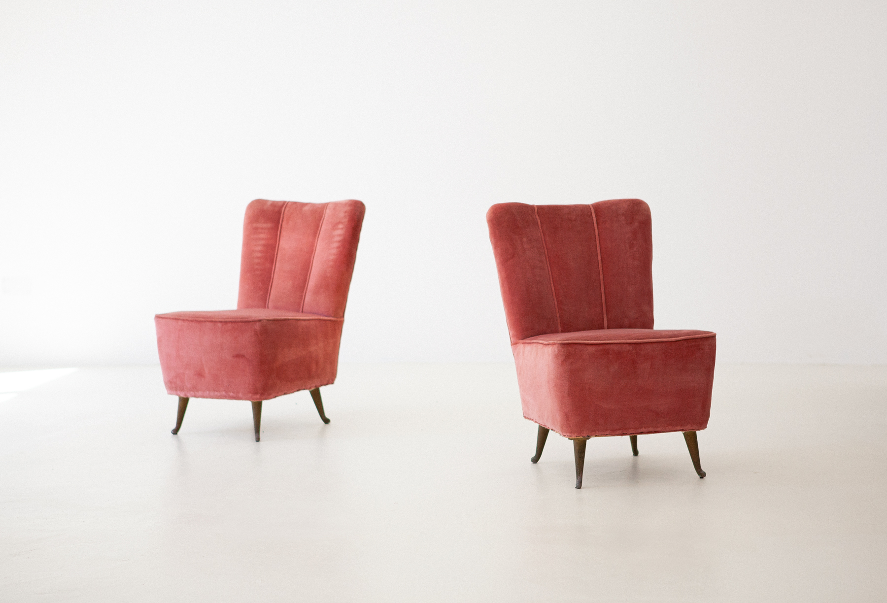 Italian-easy-chairs-by-isa-10-se286