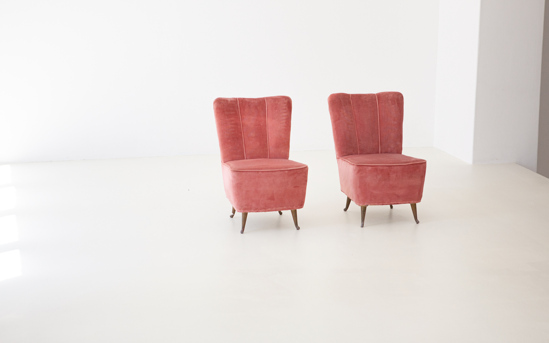 Italian-easy-chairs-by-isa-2-se286
