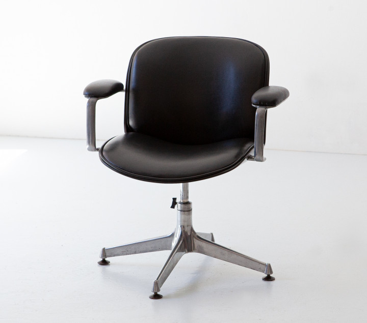 Swivel desk chair by Ico Parisi for MiM , wood , metal and black leatherette SE348