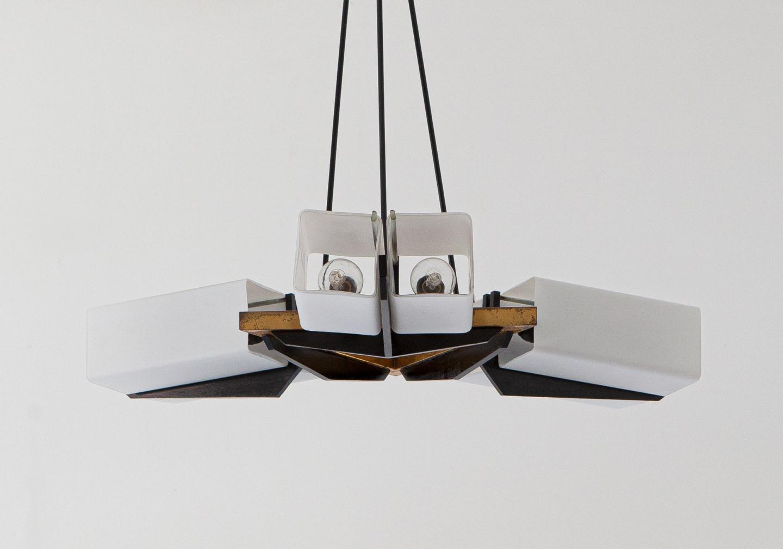 Italian modernist chandelier in brass and opaline glass , 1950s L106