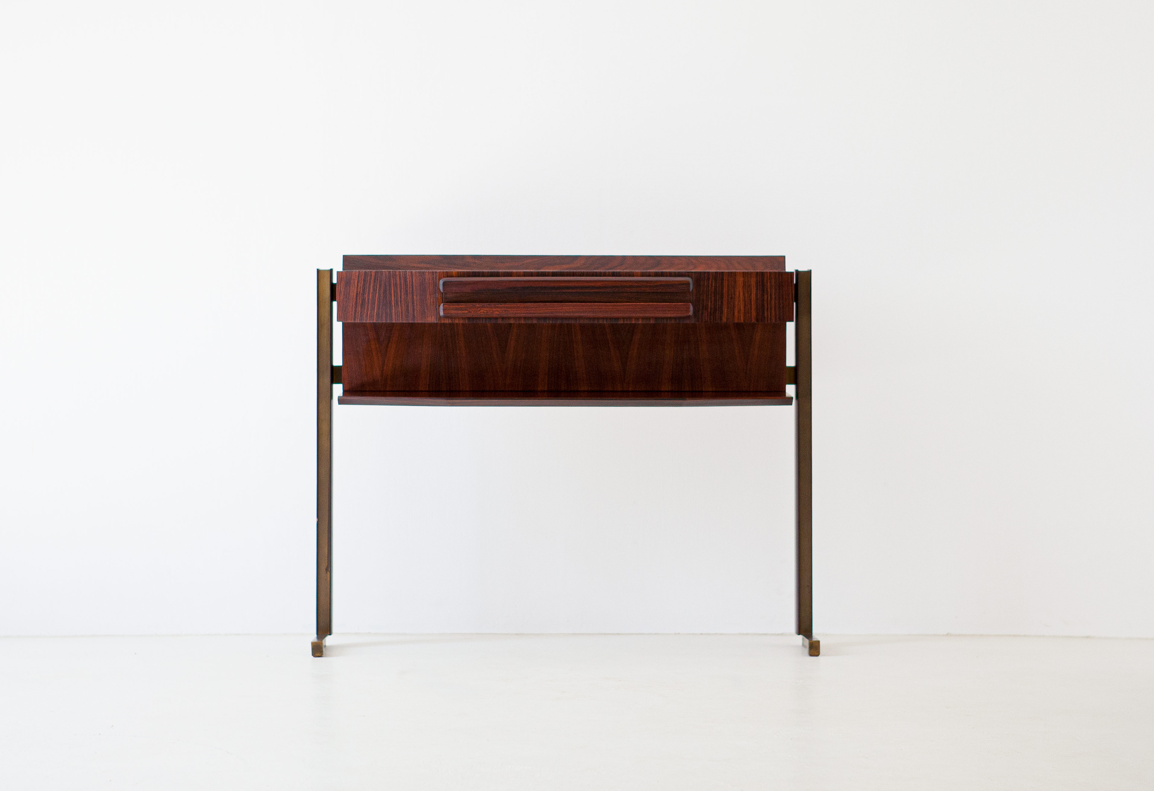 Italian-modern-rosewood-and-brass-console-table-4-of92