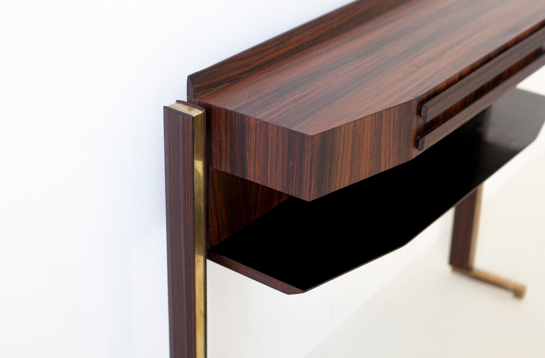 italian-rosewood-and-brass-console-table-7-of98