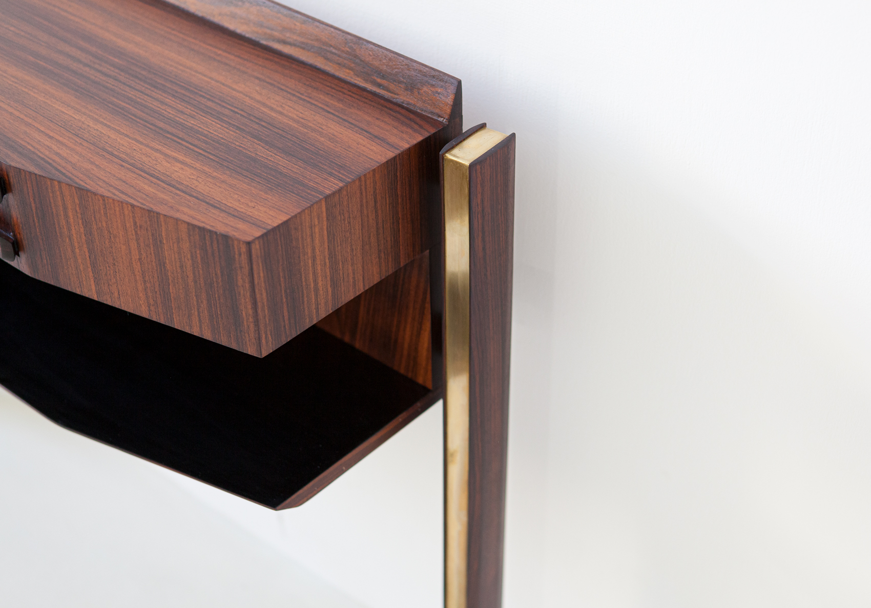 italian-rosewood-and-brass-console-table-8-of98